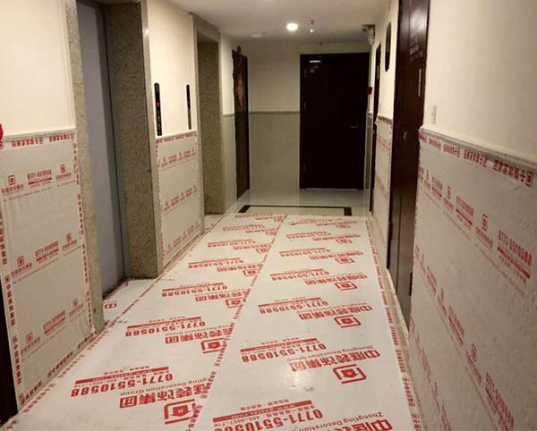 电梯入户保护